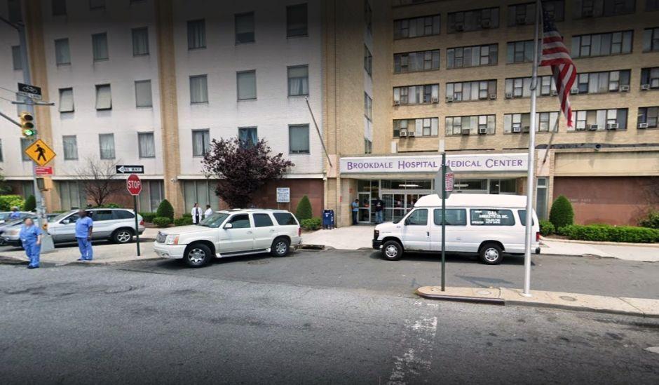 Muere enfermera anciana tras ser golpeada por un paciente en Nueva York: estuvo cinco años en coma