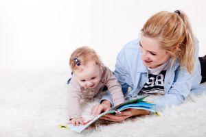 ¿Cuándo es bueno leerle cuentos a los bebés?
