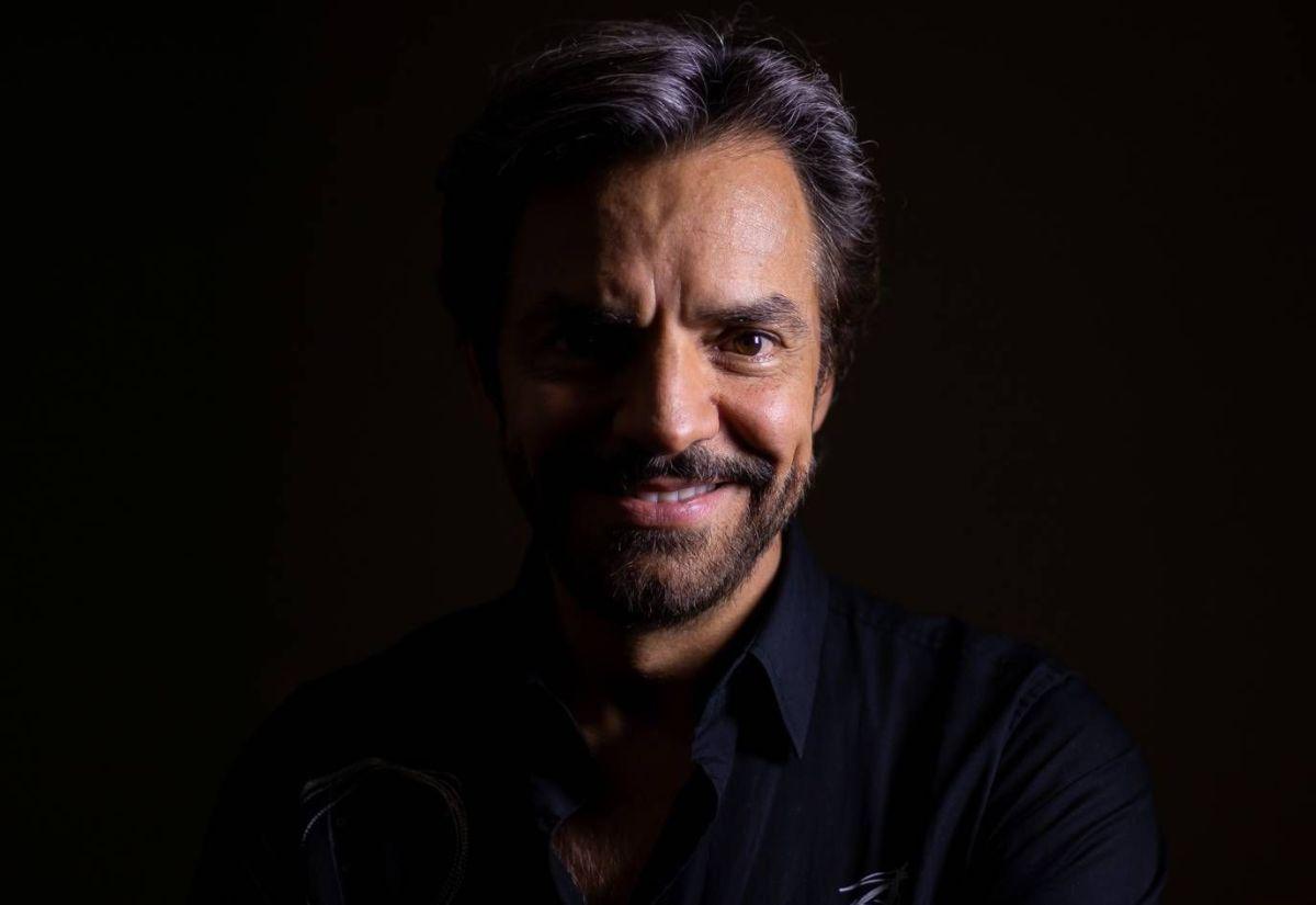 Eugenio Derbez también está de luto por la muerte del comediante Sammy Pérez.