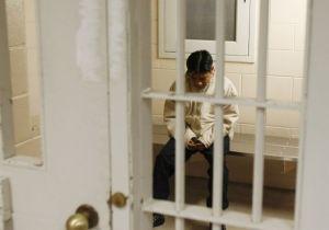 Instan a prohibir la tortura del confinamiento solitario en las cárceles de Nueva York
