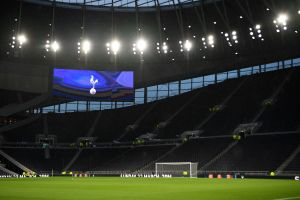 Tottenham reduce salarios de sus empleados, pero no el de sus jugadores