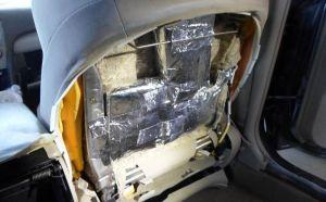 Lo que ocultaba en el asiento del carro tenía el potencial de matar a 1.2 millones de personas