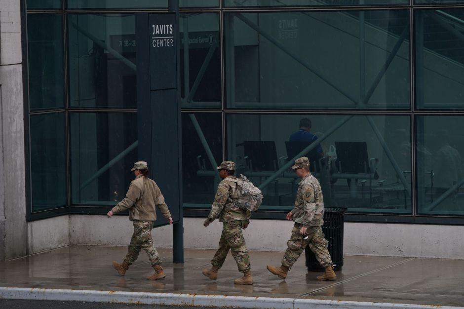 Efectivos de la Guardia Nacional ya están en las calles de Nueva York para batallar contra el coronavirus