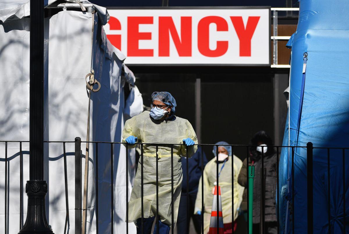 """La emergencia del Hospital Elmhurst fue considerada el """"epicentro del epicentro"""" de la pandemia"""
