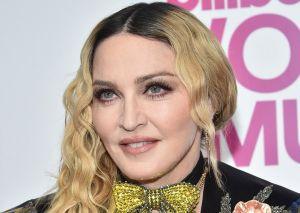 Madonna desnuda dentro de una bañera mandó mensaje sobre el distanciamiento social