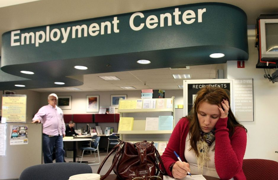 Estos son los inmigrantes que pueden recibir cheque por desempleo debido al coronavirus