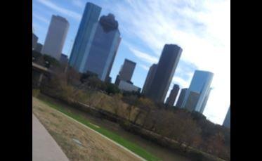 """Houston anunciará el martes una orden de """"quedarse en casa"""" uniéndose a ciudades como Dallas y San Antonio"""