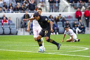 ¡La FIFA 'chuleó' su gol! El máximo organismo del futbol se rinde ante Carlos Vela