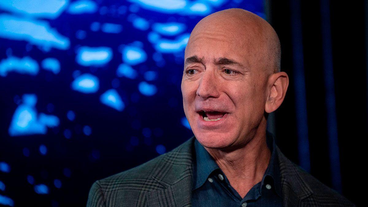 Jeff Bezos, el hombre más rico del mundo, deberá $5,700 millones si se aprueba un nuevo impuesto para ultra millonarios