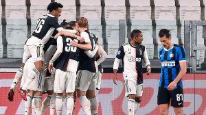 Con goles de Ramsey y Dybala, Juventus se lleva el derbi italiano