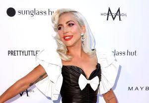 Lady Gaga totalmente desnuda y conectada a cables para la portada de Paper Magazine