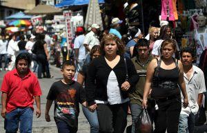 Los latinos en EEUU consideran que el coronavirus es una gran amenaza para sus familias