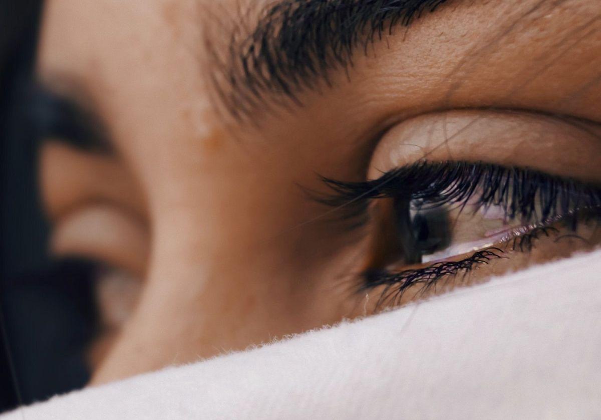 Es mentira, el coronavirus NO se contagia por las lágrimas