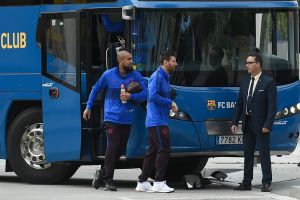 Messi... ¿cojeando? El video que tiene muertos de miedo a los barcelonistas antes del Clásico