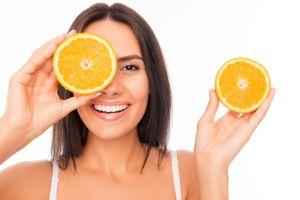 6 potentes alimentos repletos en vitamina C para hacer frente al coronavirus
