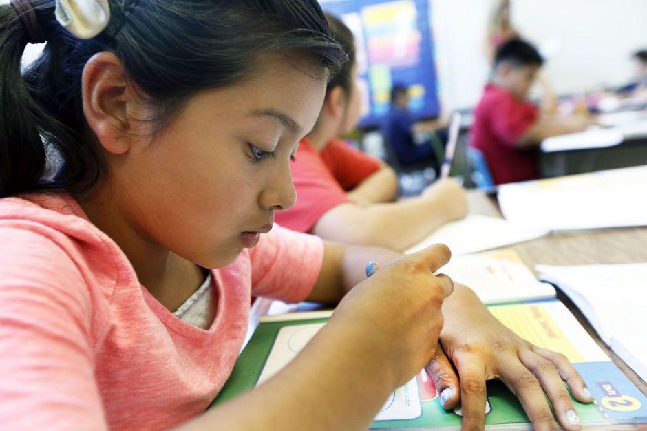 Las escuelas de California posiblemente quedarán cerradas por el resto del curso