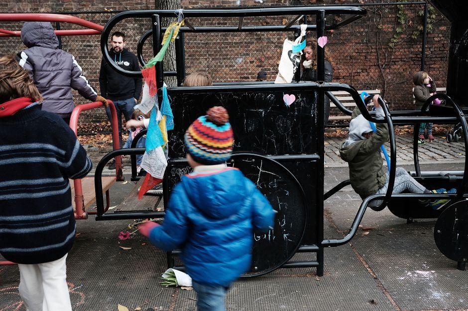 Corey Johnson propone cerrar parques infantiles en NYC por coronavirus
