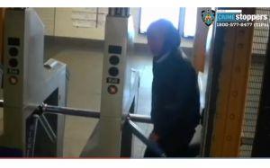 Atrapan a latino mayor por robar y apretar cuello de anciana en banco de Manhattan