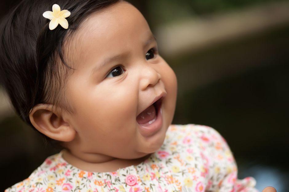 ¿Cuándo desarrollan los niños el habla?