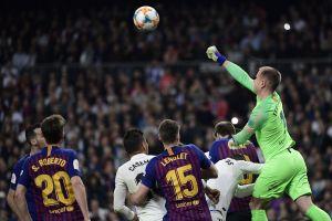 ¡Qué atajada! Ter Stegen voló por los aires de Madrid en la jugada del Clásico