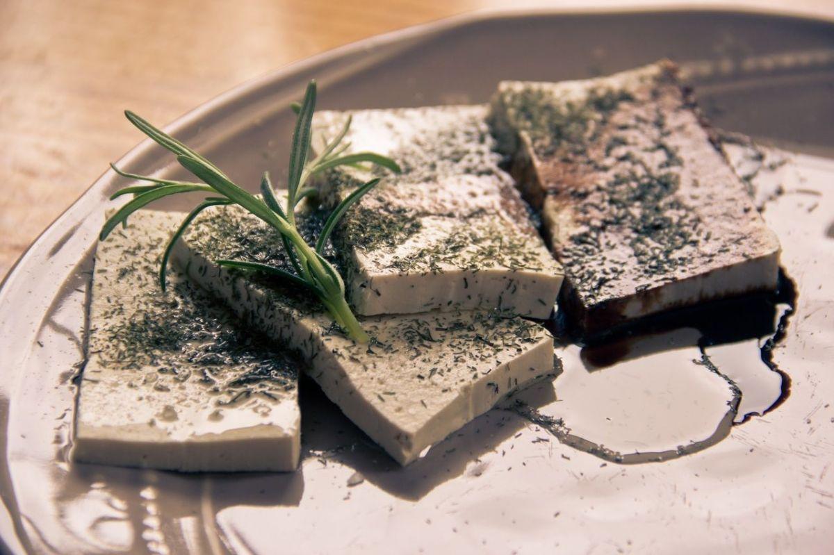 6 beneficios del tofu que te harán amarlo