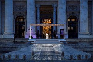 Cómo y dónde ver la misa de Pascua de Resurrección en Univision