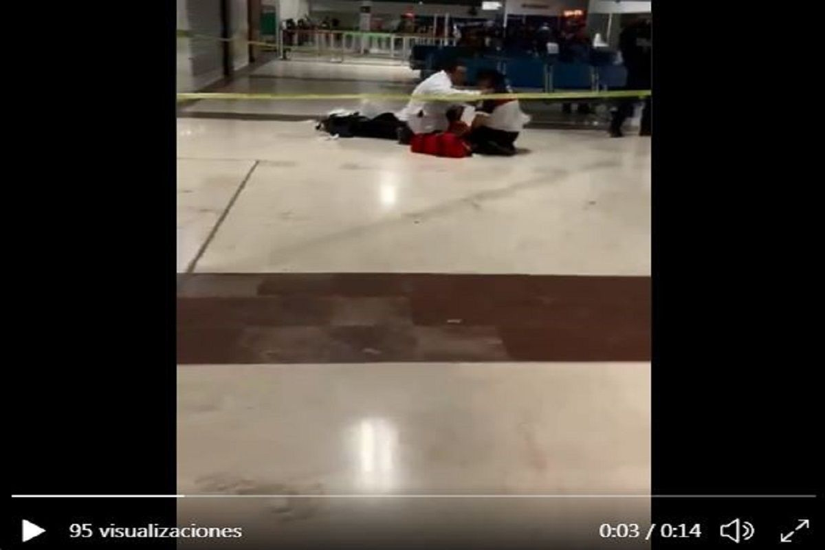 VIDEO: Balacera en aeropuerto de Ciudad Juárez, una mujer muere del susto