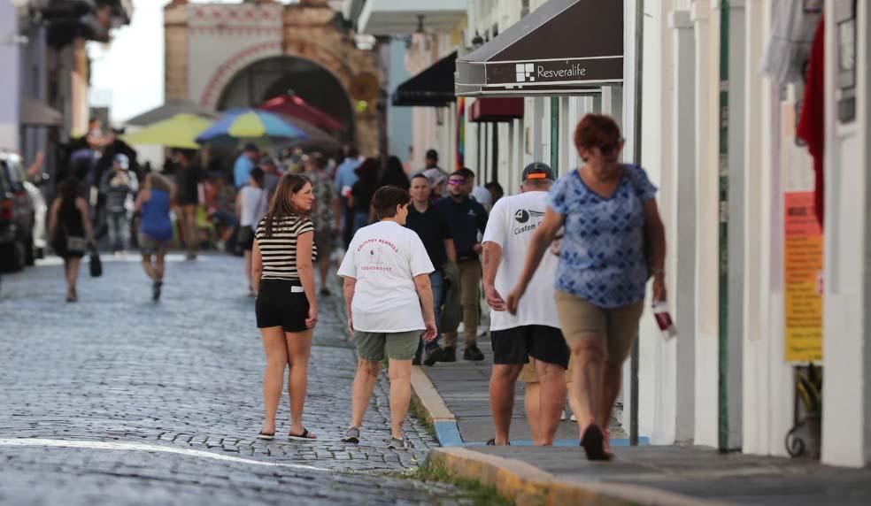 Puerto Rico pide planes concretos a Biden y Sanders