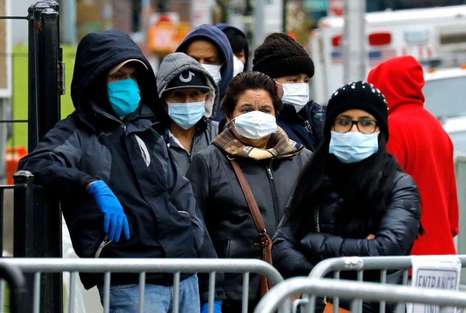 Alcalde impone nueva norma en NYC: ahora todos a taparse boca y nariz por coronavirus