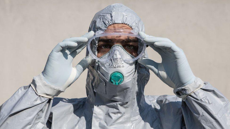 Coronavirus: cómo afecta a América Latina la pugna entre países por conseguir respiradores, ventiladores y mascarillas