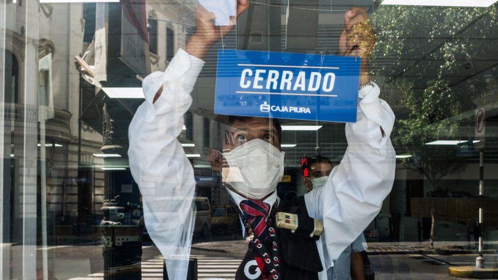 El desempleo latino se dispara hasta el 18.9% en abril