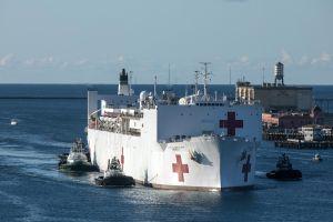 Crece el brote de coronavirus en buque hospital USNS Mercy