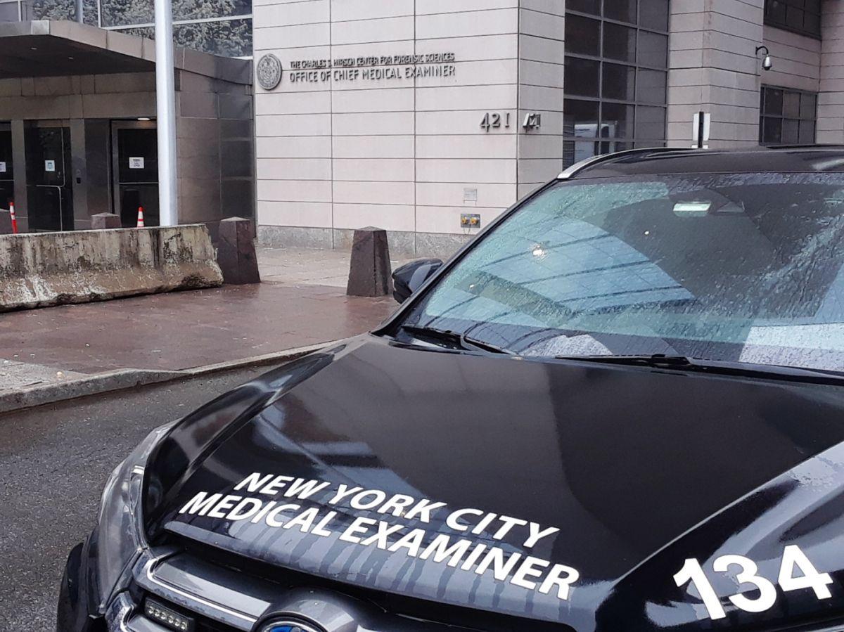 Conductor joven murió al chocar tras ser baleado a plena luz en Nueva York