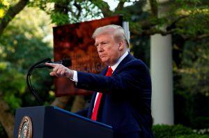 """Trump propone no dar ayuda por coronavirus a ciudades """"santuario"""""""