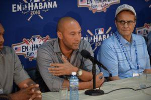 Pone el ejemplo: Derek Jeter renuncia a su sueldo de $5 millones de dólares con los Marlins de Miami