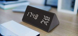 Los mejores 5 relojes de mesa que te permiten monitorear la temperatura de tu hogar