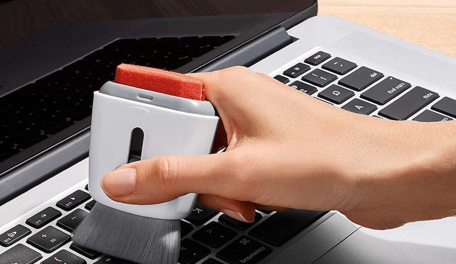 Los 3 mejores productos que te ayudarán a limpiar el teclado de tu computadora
