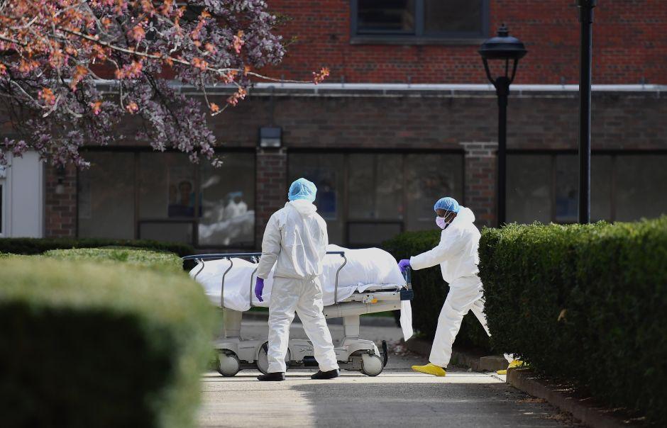 CDC alerta que hay miles de muertes más por coronavirus que las registradas en la ciudad de Nueva York