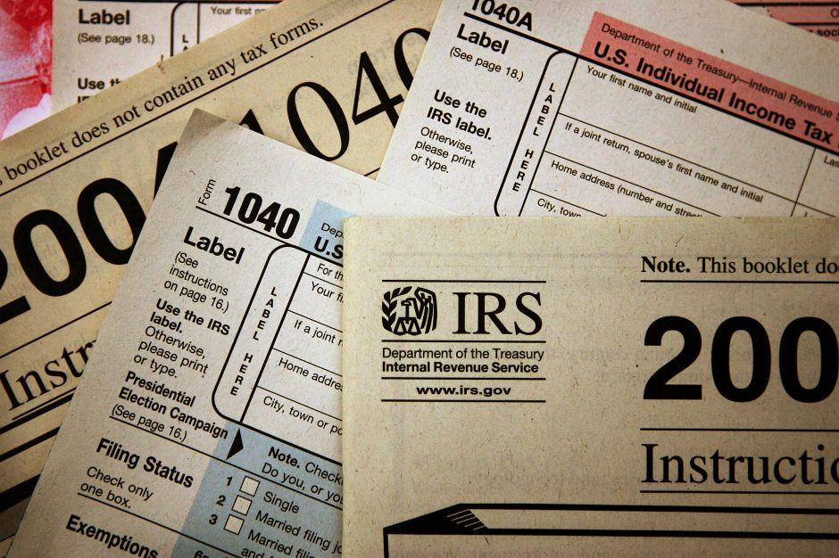 Las principales diferencias entre el cheque de estímulo de $1,200 y el propuesto de $2,000 mensuales