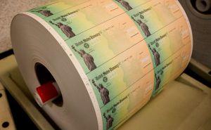 IRS publica alerta sobre información de cuenta bancaria para depósito de ayuda económica