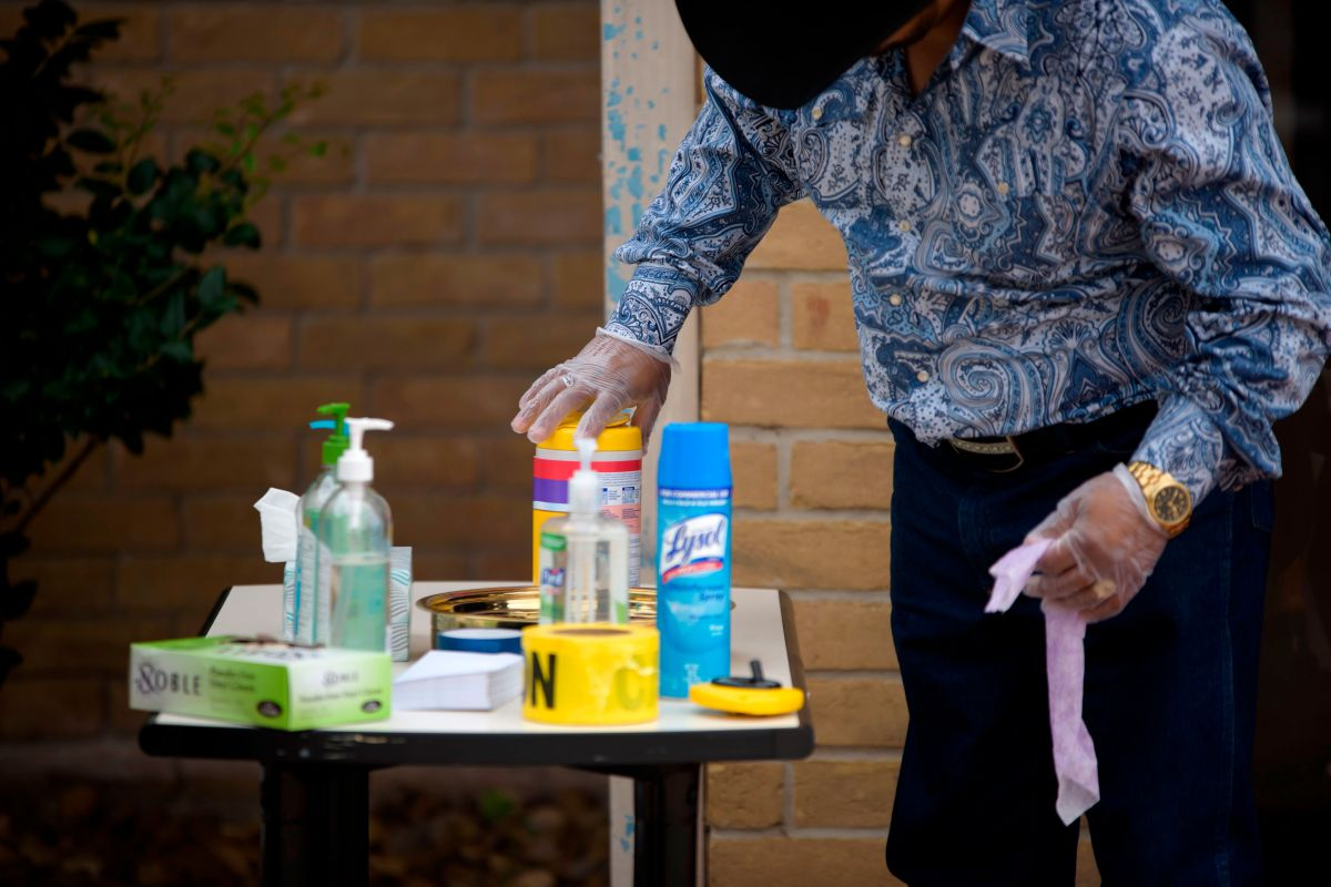 Al menos 9 hospitalizados en NYC por usar desinfectantes tras 'sugerencia' de Trump