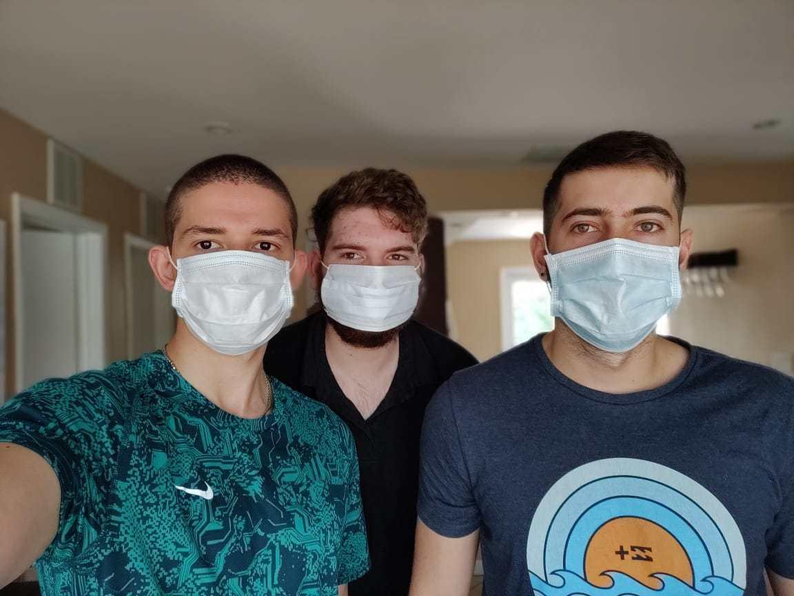 La pesadilla de tres jóvenes argentinos varados en Miami por el coronavirus: casi no tienen dinero ni comida para mantenerse