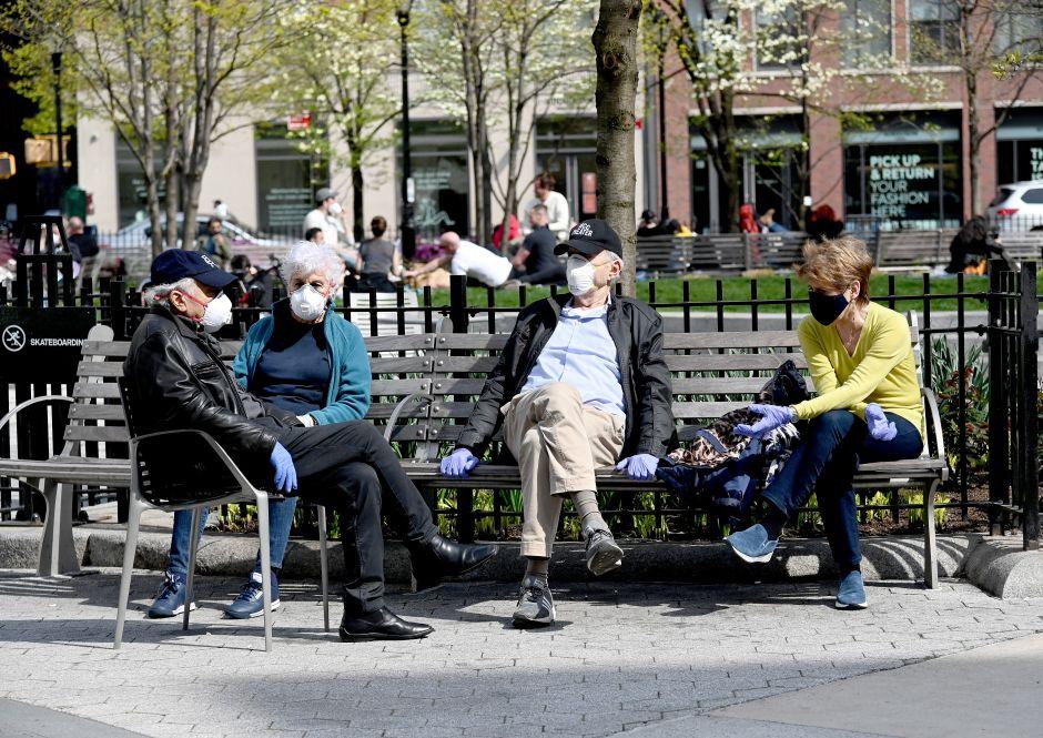 ¡Sin excusas! ¡Todos a usar máscaras contra el coronavirus! Las darán gratis en NYC