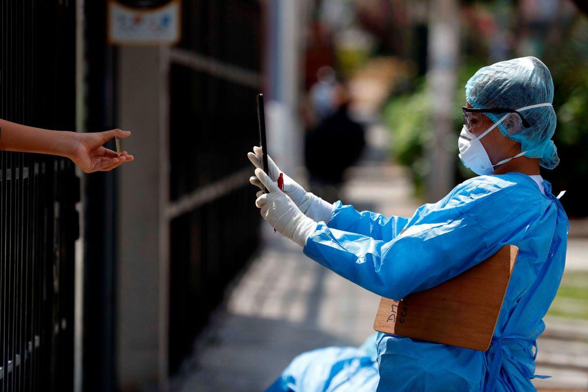 La escandalosa transacción en Puerto Rico para comprar pruebas de coronavirus a empresa australiana