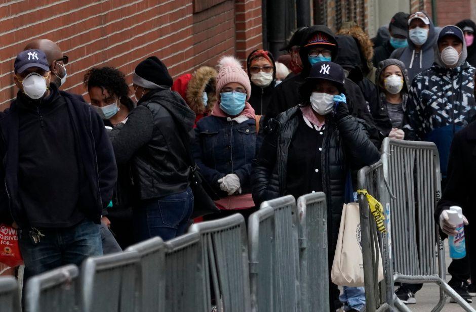 Abren dos nuevos centros de pruebas de coronavirus en barrios de minorías en NYC