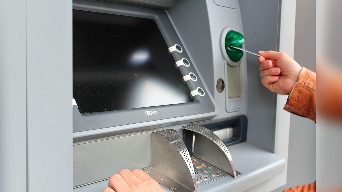 """IRS libera más pagos adicionales o """"plus-up"""" por tercer cheque de estímulo de $1,400"""