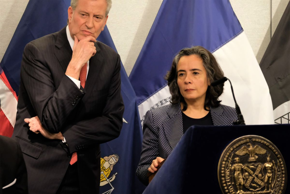 """Comisionada de Salud: """"Preparamos nueva artillería para enfrentar ferocidad del coronavirus en Queens y El Bronx"""""""