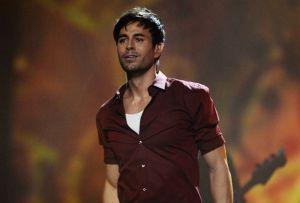 Enrique Iglesias baila con su pequeña hija Masha y conmueve a sus fanáticos