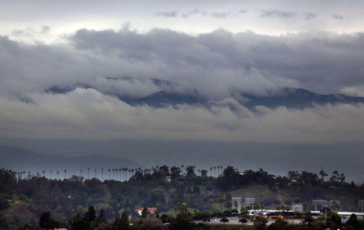 Una tormenta traerá lluvia y nieve a las montañas del sur de California el domingo