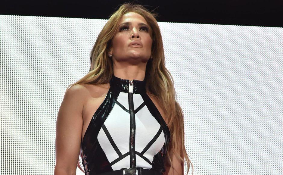 Feas críticas para Jennifer López por abandonar la cuarentena para irse al gimnasio